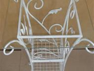 Этажерка кованая Флора Кованая этажерка нужна в стильной гостиной или спальне, но не будет лишней в прихожей, гардеробной или любой другой комнате Ваш, Москва - Мебель для гостиной